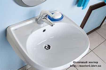 ustanovka-umyvalnika-3