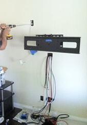 Фото установки телевизора на стену